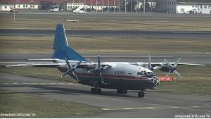 Avión Y8 chino