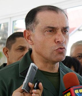 ministro de acuatico y aereo 2013 Hebert garcia plaza