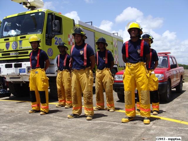 bomberos-aeronauticos-higuerote-2013