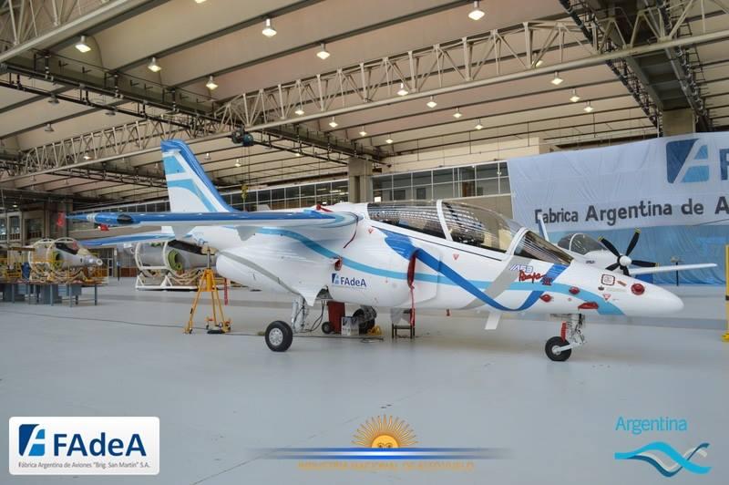 pampa III avion fadea