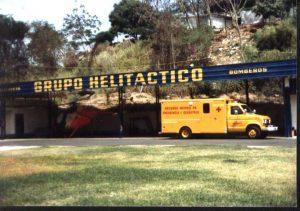 La Guacamaya en el hangar de Grupo Helitactico. Foto cortesía de Peter Prince.