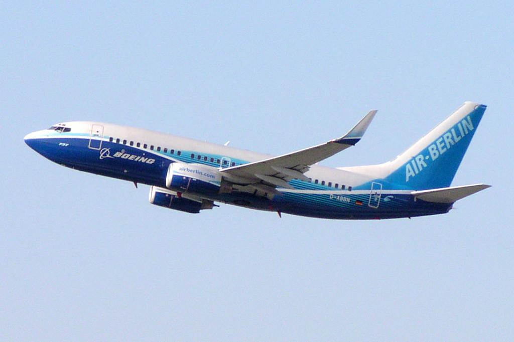 Boeing-737-Dreamliner