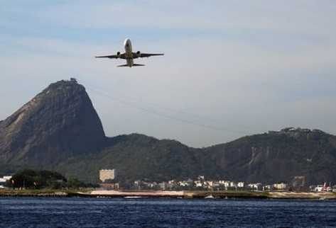 aeropuerto-Santos-Dumont-Rio-Janeiro-mundial-2014