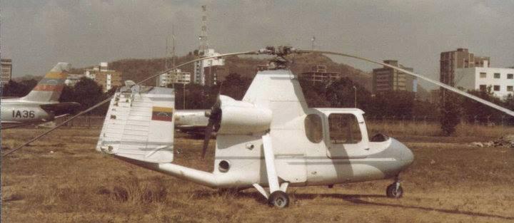 Autogiro Aor & Space 18A (1965) , uno de los 3 diseños de autogiros certificados por la FAA para producción en serie en EUA. Acá visto en el Museo Aeronáutico de la Fuerza Aérea Venezolana. Se desconoce su paradero actual.