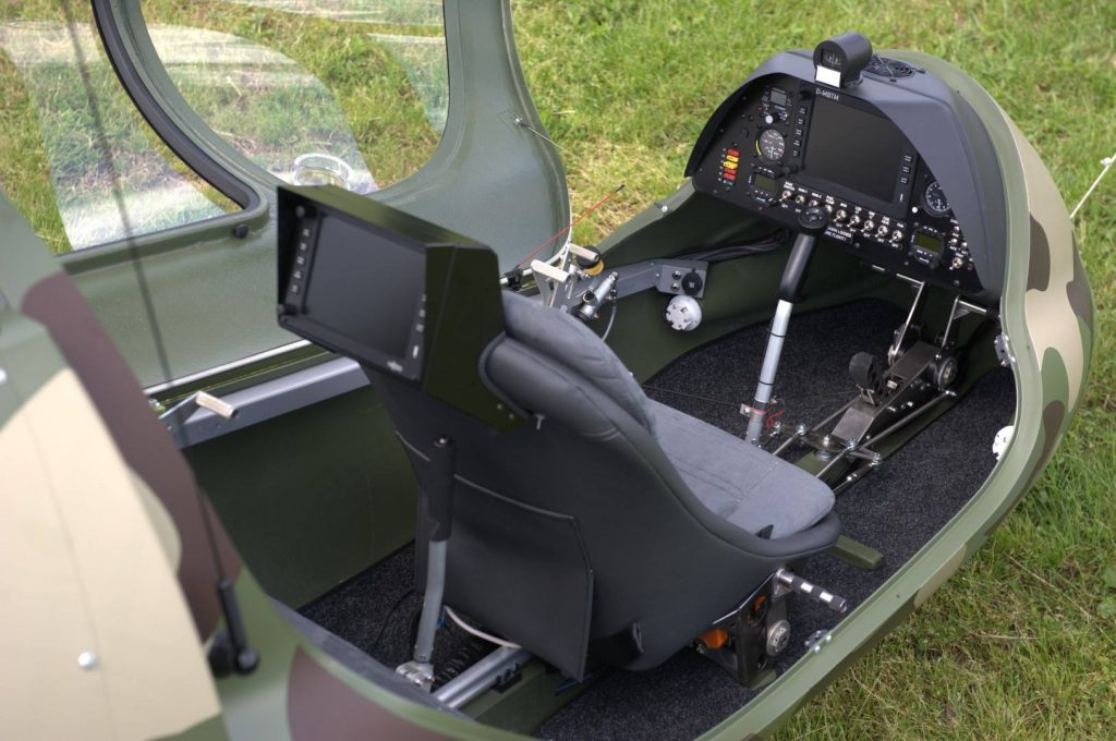 Moderna cabina de un Trixi Aviation Biplaza