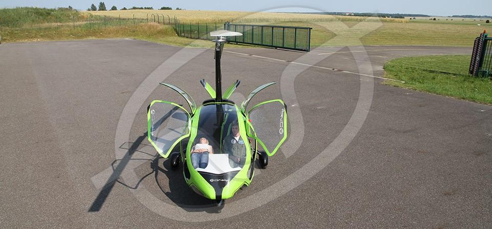 Autogiro Alemán eXoGyro, en configuración ambulancia.
