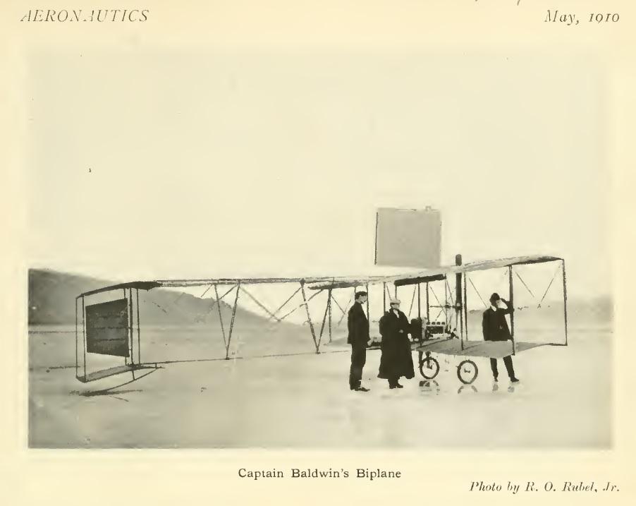 Baldwin1910-05Aeronautics05-06p167CaptBaldwinBiplane