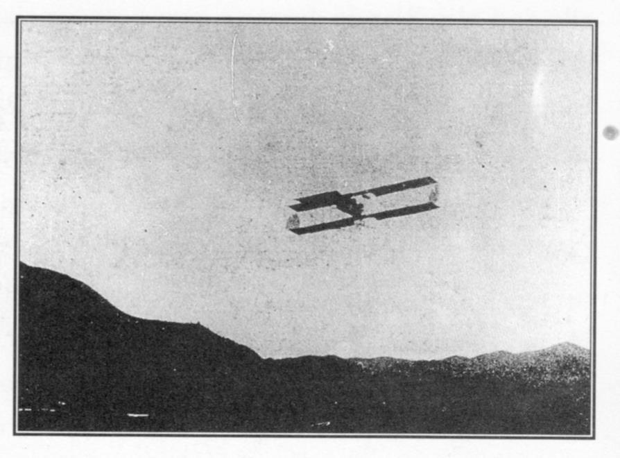 El avión de Frank Boland interviene el cielo que era sólo de la rica avifauna pobladora del valle de Caracas