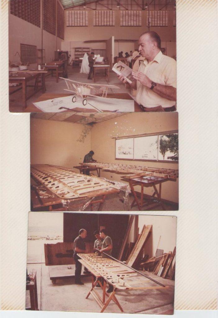 """Romano Remiddi estudia la documentación del Hanriot HD1. Elaboración delas alas y de la superficie de cola del """"Tacarigua"""". [Archivo fotográfico de la familia Remiddi González]."""