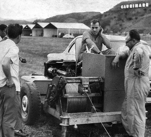 Molinete, artefacto que impulsaba a los planeadores en la Base Aérea La Carlota. Caracas, 05-02-1963 [Foto Pedro Garrido, Archivo de 'El Nacional']