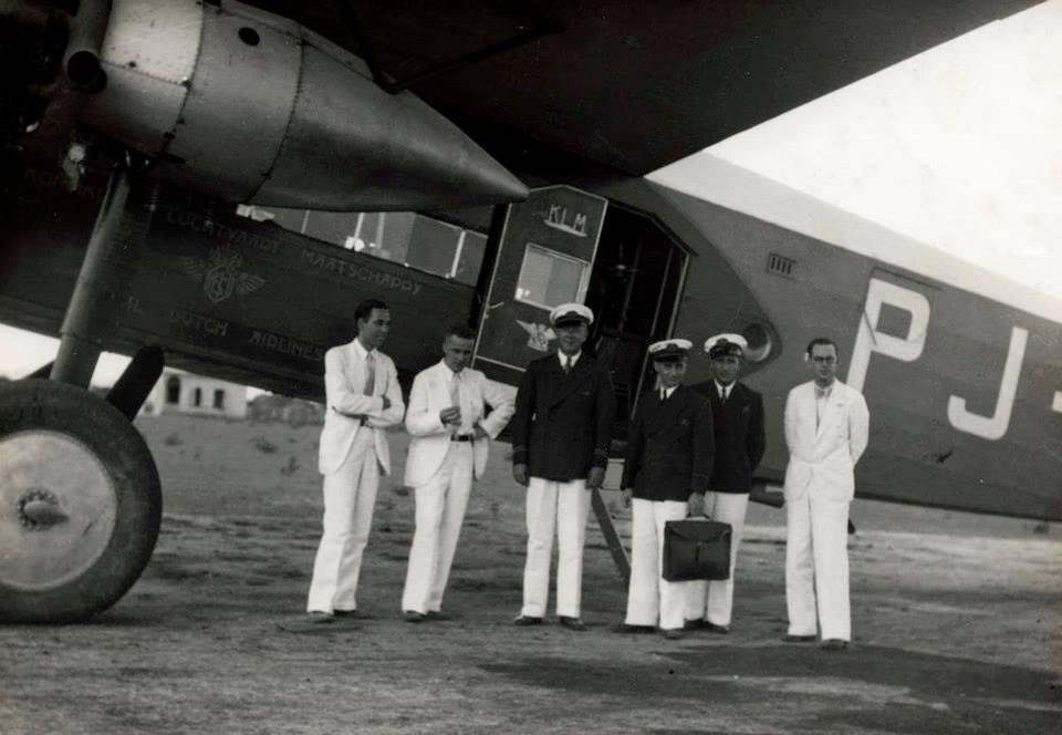 Snip31.Fokker F.XVII el PJ-AIO bautizado Oehoe (Búho) en Maracaibo en 1936.1468639_10151838109208207_1746150735_n