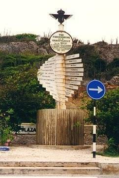 """Snip33.A monument for the 1934 Christmas flight of the """"Snip"""" near Hato airport, Curaçao.hato"""