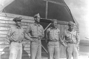 Foto de un grupo de pilotos del Escuadrón VS-44. De Izq. a Der: Dell Chamberlain, Lloyd Morse, Preston Brecheisen*, y John Carmody. Foto tomada en Hato Field en 1943.