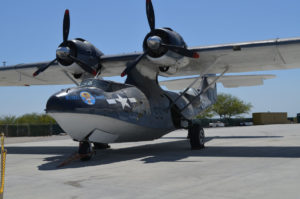 N31235 PBY5A Palm Springs Air Museum - Foto Les Spearman.