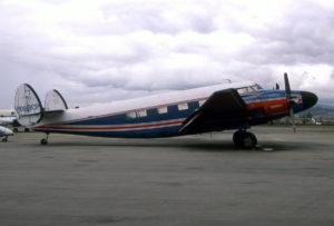 YV-183CP Howard 400, Bogota, Colombia. Foto de Peter Garwood. 11 Nov 92