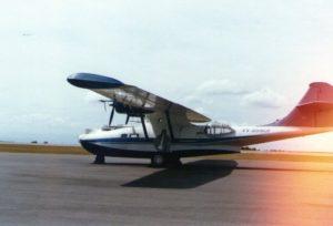 BuNo48446. YV-209CP Catalina Peter Bottome, Aeropuerto Caracas. (1978-1985).