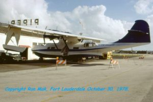 BuNo48446.1979.1030.YV-209CP-Peter-Bottome-Fort-Lauderdale.Ron-Mak