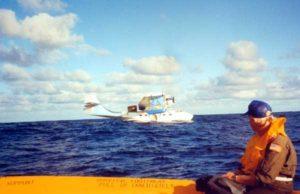 BuNo RCAF9793.N5404J luego del amaraje, antes de hundirse en medio del Pacífico. 15 Ene 1994