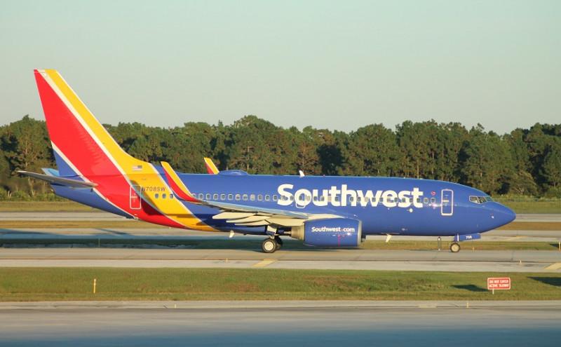 southwest_airlines_boeing_737-700__cuba